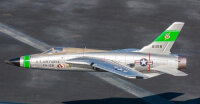 Freewing F-105 Thunderchief 64mm EDF PNP