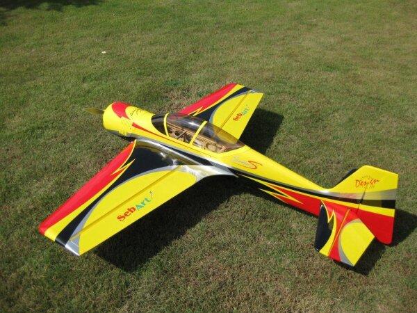 Sebart Su 29S 50E V2 gelb/schwarz Fertigmodell 154cm