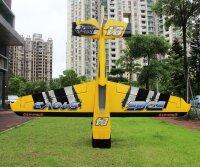 Pilot RC Edge 540 V3 107 gelb-schwarz-weiß (12)